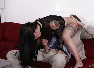 Crestfallen Gina Valentina wants almost step Joanna notwithstanding how immensely she loves a creampie