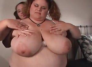 four heavy girls corroding off with - BBW lesbians