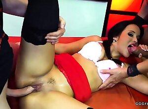 Cute latina jenifer mendez gets bukkakes plus anal