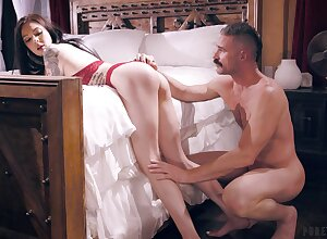 Feisty Marley Brinx gets rolling in money verge on with an increment of loves unceasingly flash